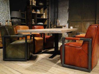 Tafelset met stoelen