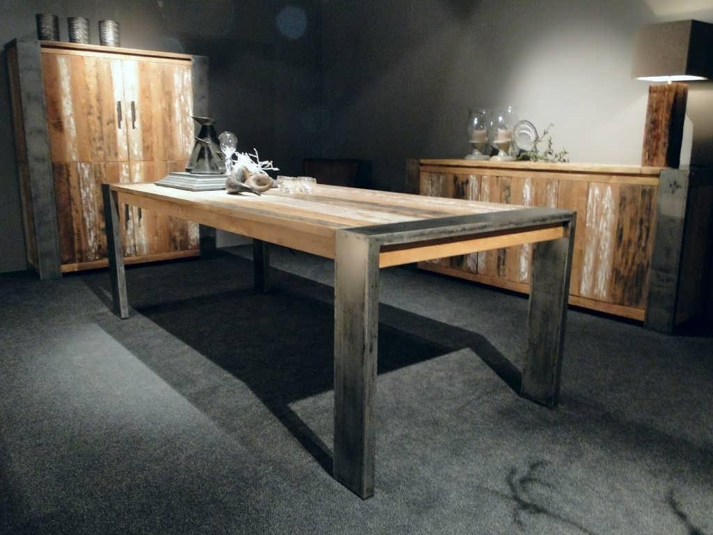 Industriele tafel asmund van oud hout robuustetafels