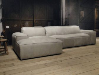 leren bank met chaise longue