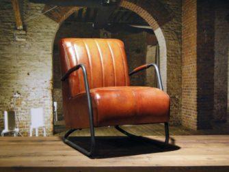 vintage fauteuil cognac