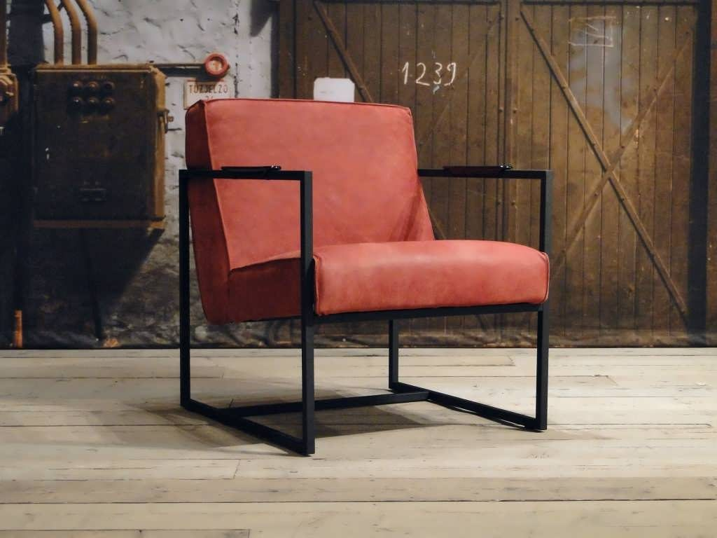 leren fauteuil pesara rood