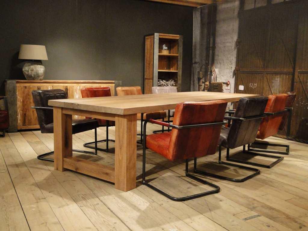 Maatwerk balken tafel reidar rustiek eiken robuustetafels