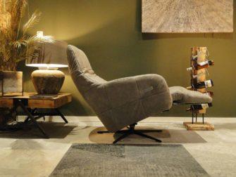 Elektrisch verstelbare stoel met accu