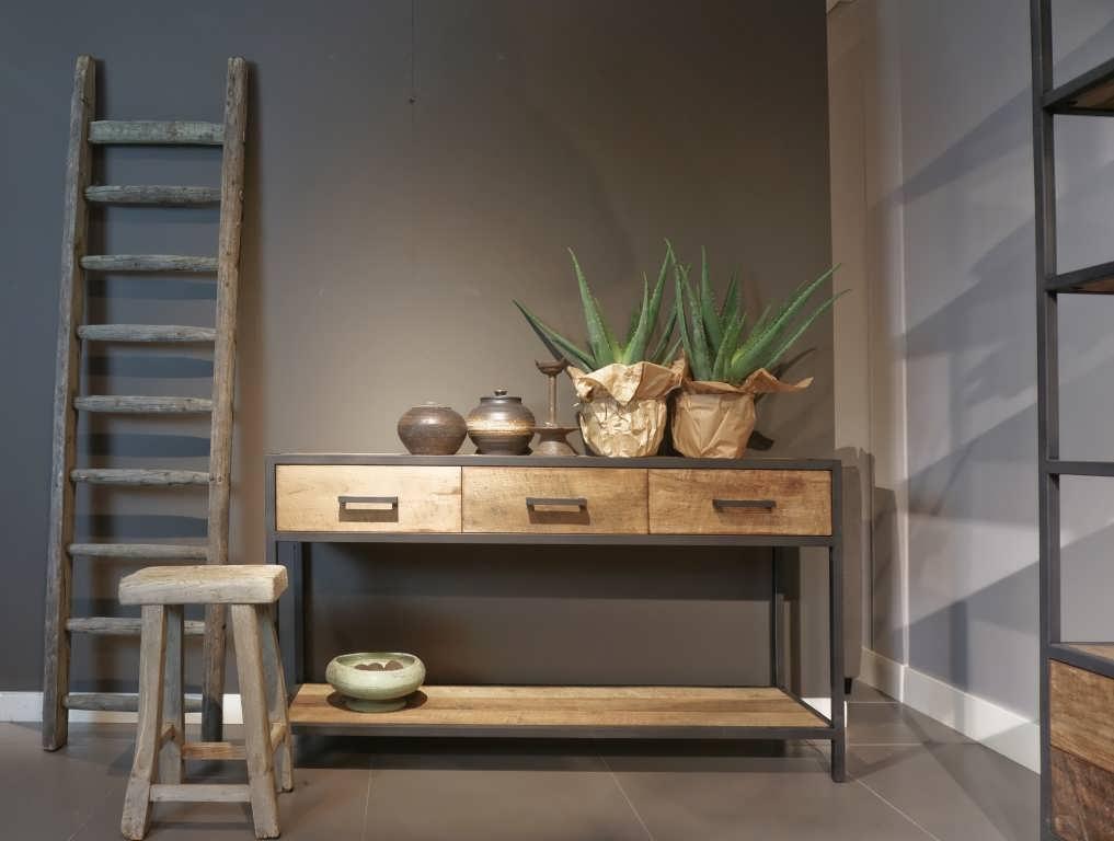 Zwarte Sidetable Met Lade.Industriele Side Table Maldini Met 3 Laden