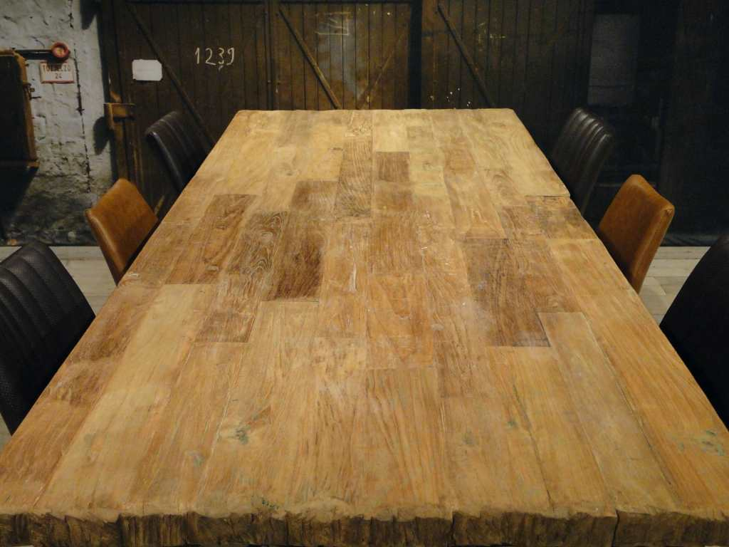Teak Tafels Haarlem : Industriele teak tafel noma van recycled teak robuustetafels