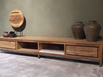 stoer robuust tv-meubel